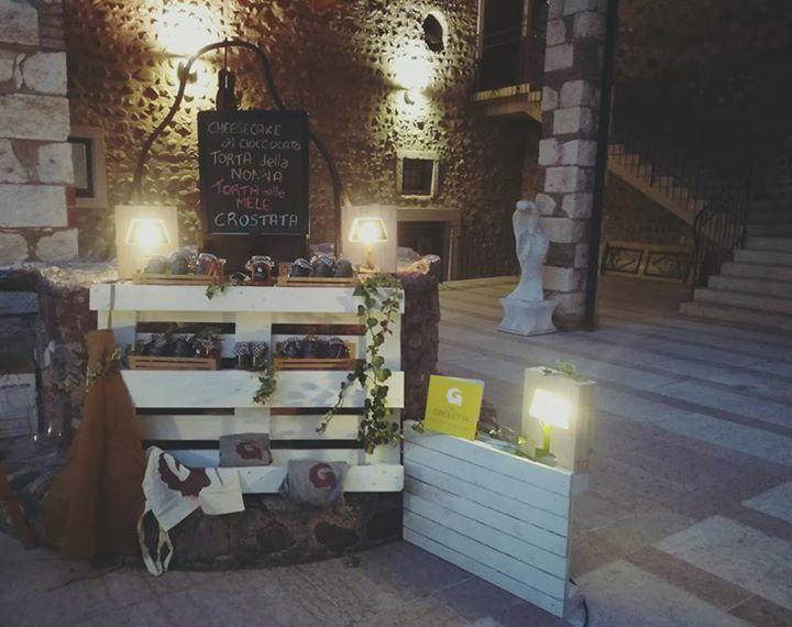 #OliveFEST  #CavaionVeronese  Ieri sera c'eravamo anche noi con il nostro banch...